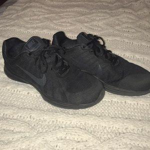 All black Nike in season training 6's